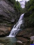 13888 78: La cascade isolée du Guiers-Vif.