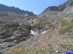 Collet de la Charnassere: Collet de la Charnassere (2727m) depuis le bord du Lac de l'Agnel.