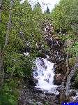 PICT1616: La cascade au bord du chemin.