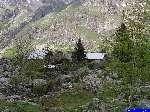 PICT1653: Les cabanes des Selles, au bord du lac de Lauvitel.